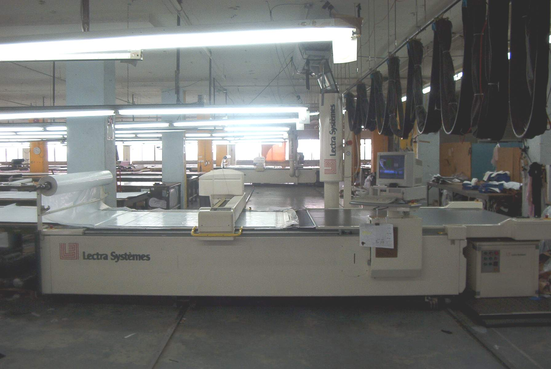 Lectra VT-5000 CNC fabric Cutter - Exapro