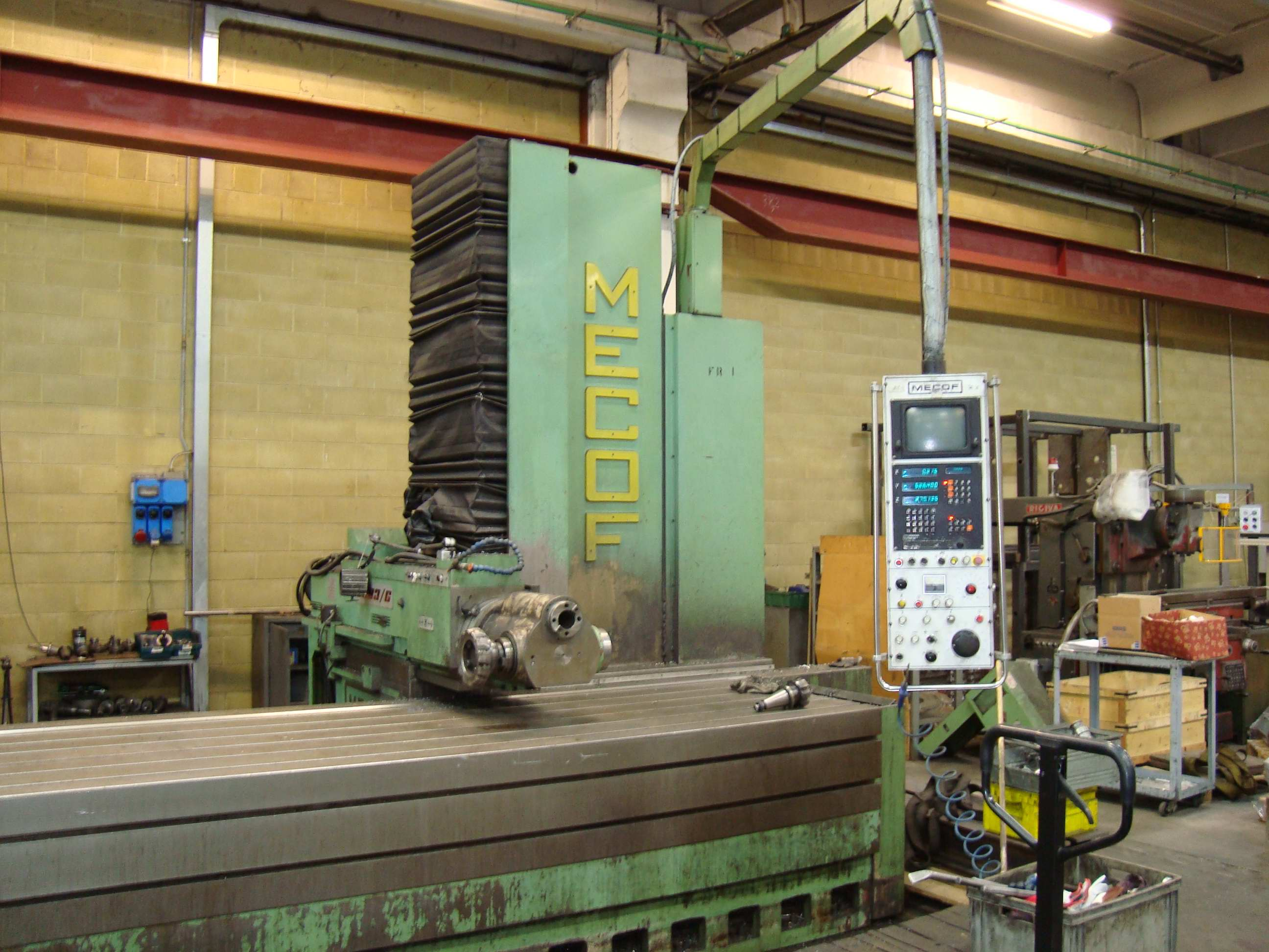 MECOF CS 83 G Bed type milling machine - Exapro