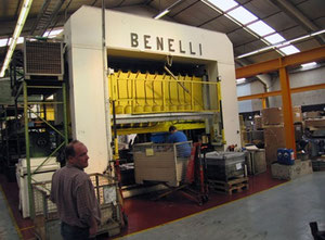 Used Benelli Transfer Presse 250T - 10 steps