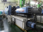 SANDRETTO 485 ton injection molding machines