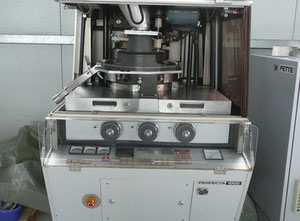 Fette Perfecta P1000 Rotary tablet press