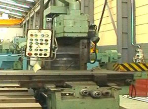 TOS KURIM FC 50 V Vertical knee and column milling machine