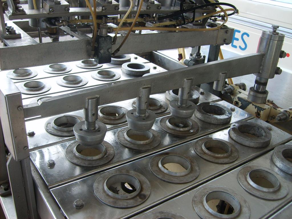 ice cream cone filling machine gram, 4 lanes Gram - Exapro