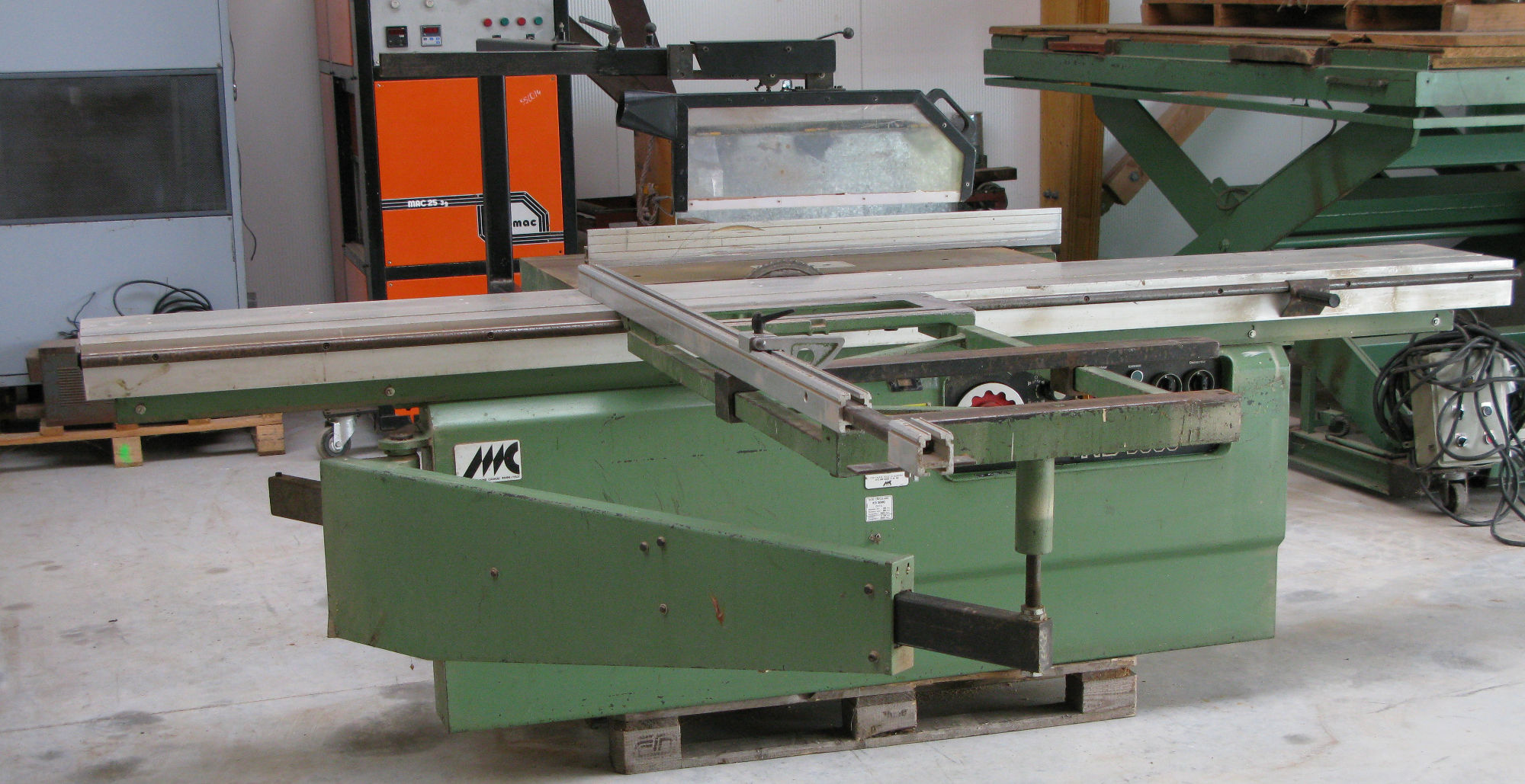 Casadei ks 3000 sliding table saw exapro - Fabriquer table scie circulaire ...