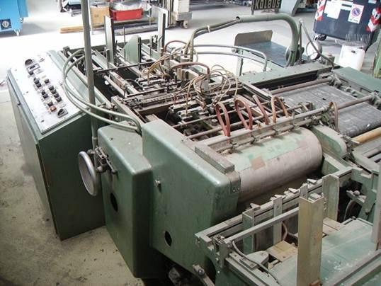 machine pour fabriquer des bo tes kolbus da36 machines d 39 occasion exapro. Black Bedroom Furniture Sets. Home Design Ideas
