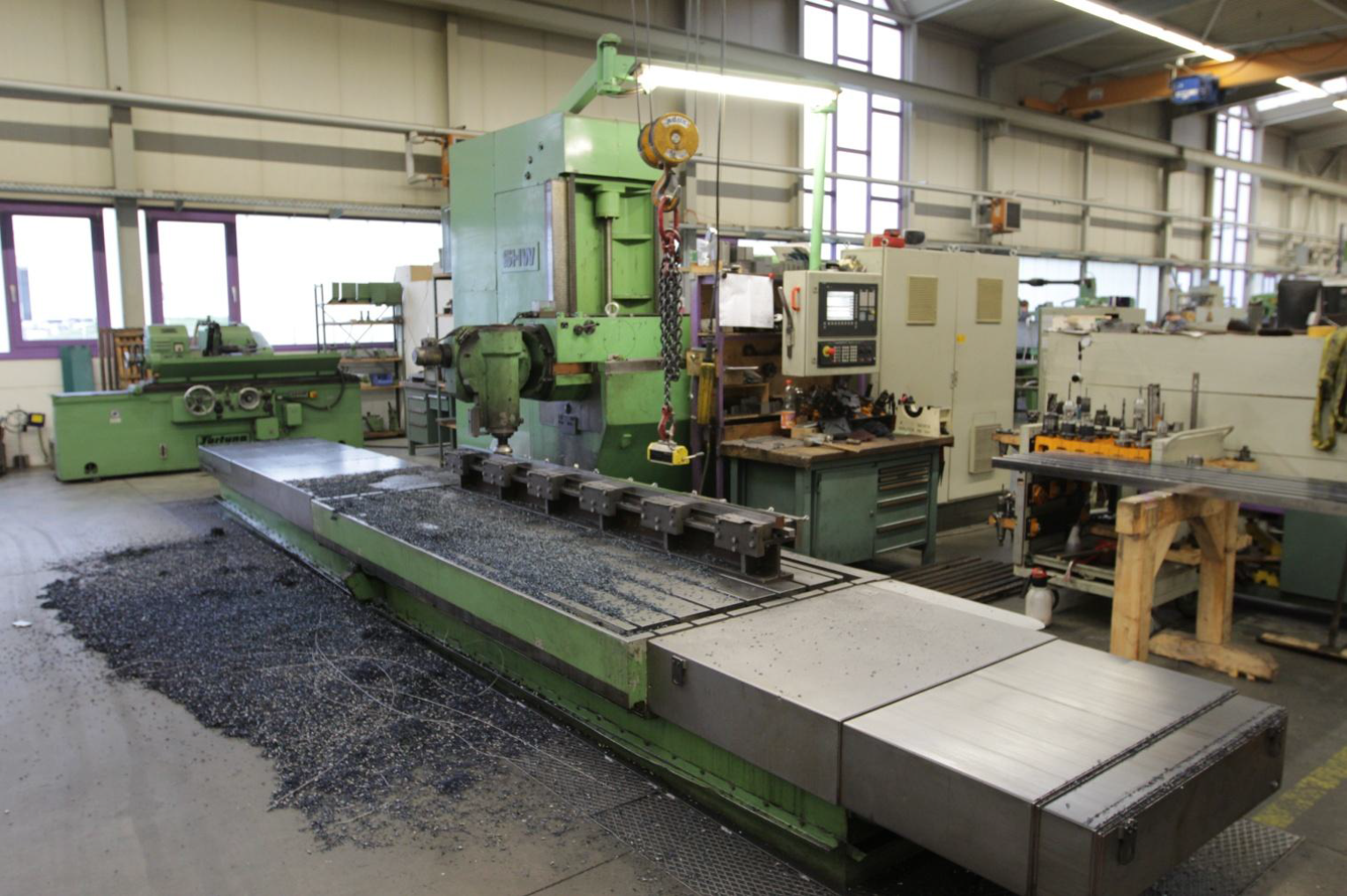 SHW UF 4 Cnc universal milling machine - Exapro