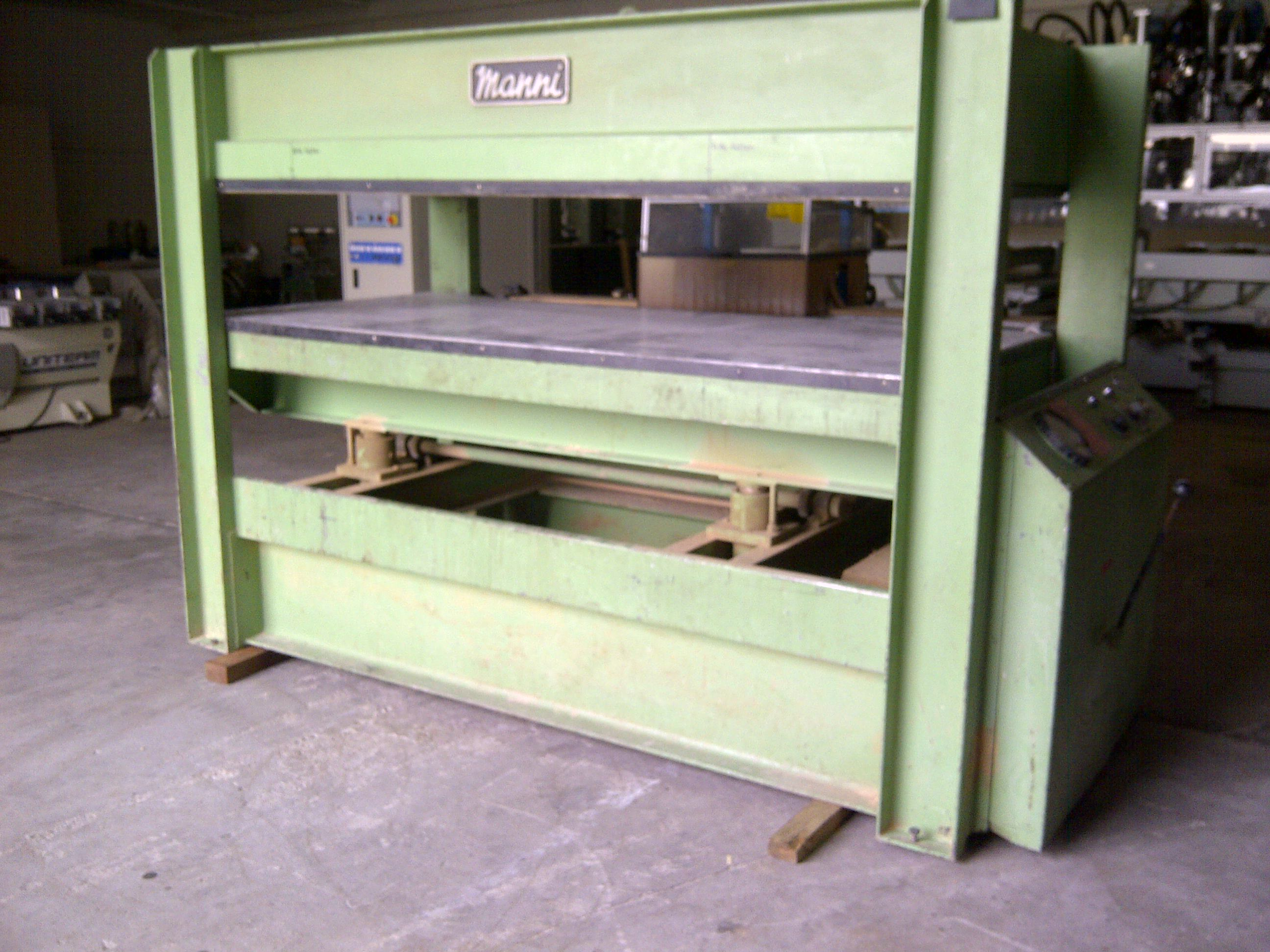 Pressa a caldo manni 2500x1200 mm macchinari usati exapro for Manni presse
