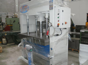 Pressa idraulica usata tranciatura e imbutitura for Pressa usata per officina