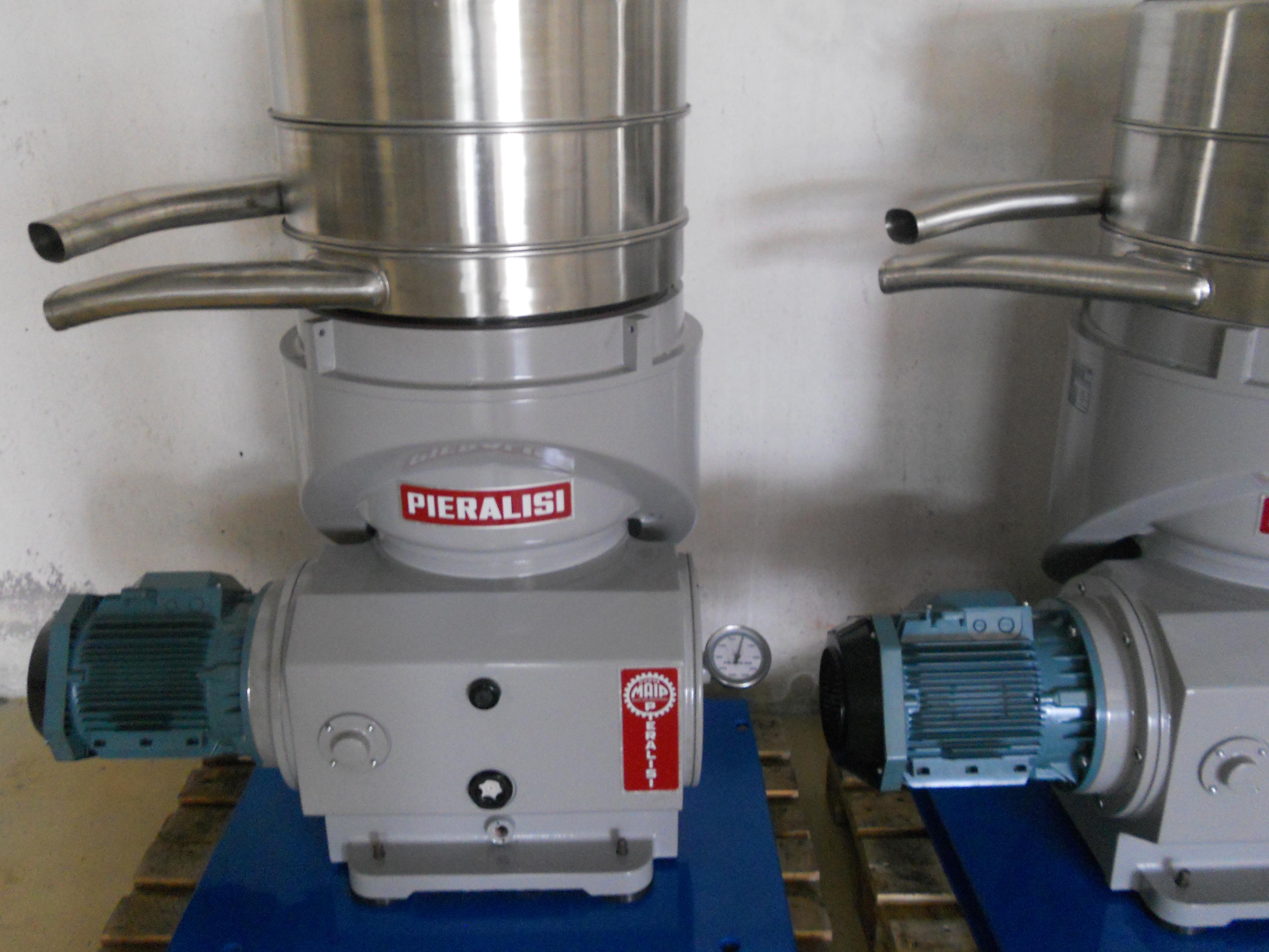 Pieralisi jumbo 2 machine exapro - Machine a eplucher les chataignes ...