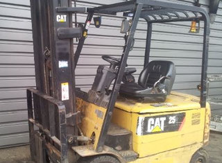 Caterpillar EP25K Electric forklift - Exapro