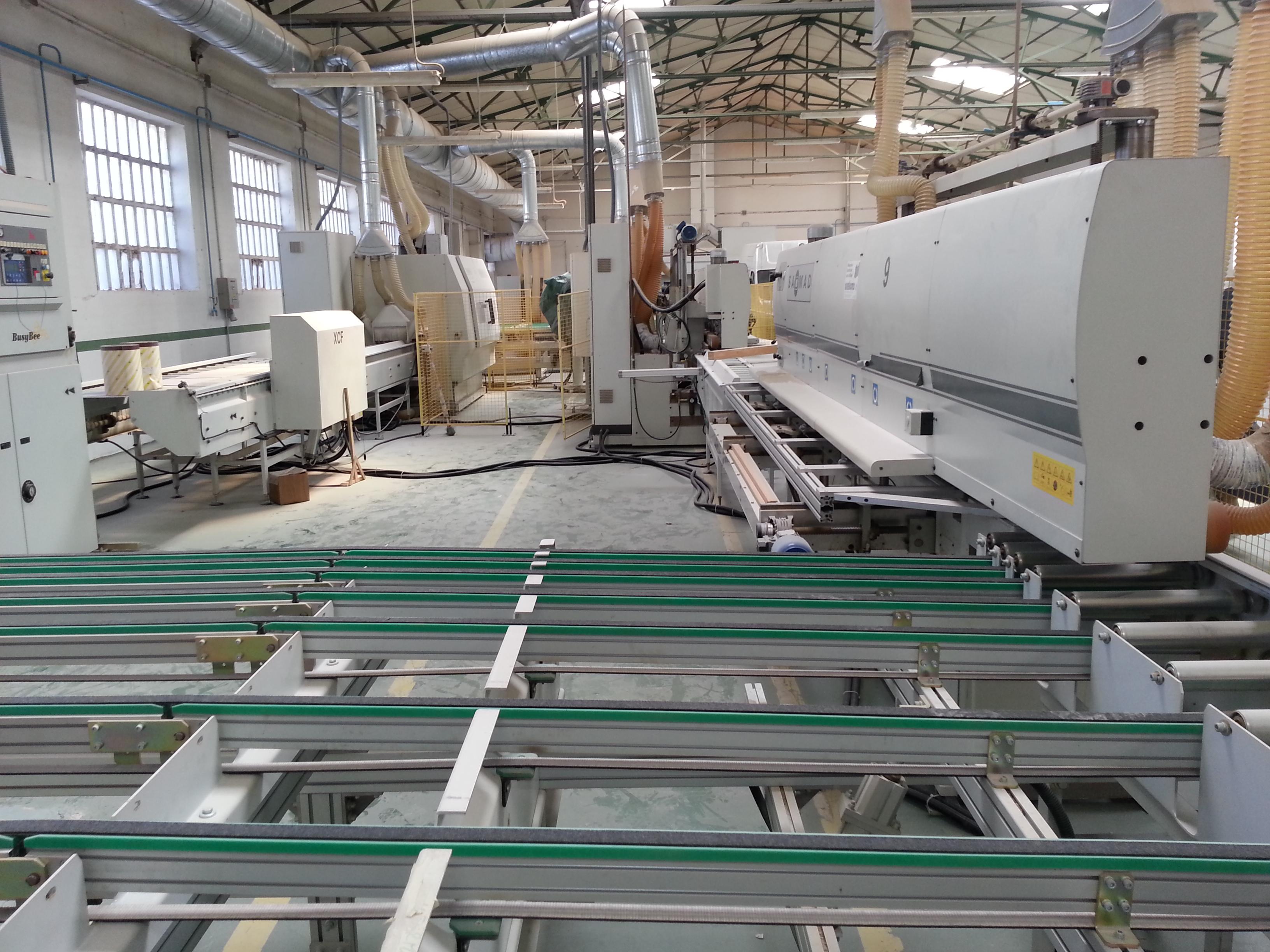 Ligne compl te saomad de fabrication de fen tre machines d for Fabrication fenetre