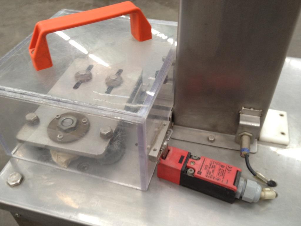 deblistering machine