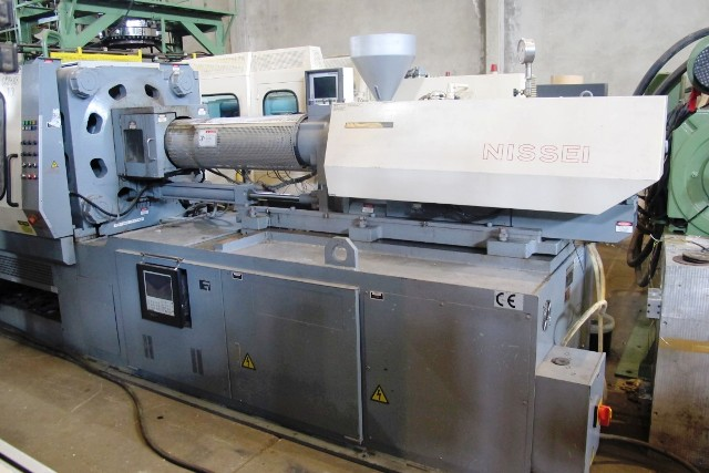 nissei injection moulding machine