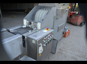 Bosch Gillowy Cleaning and sterilizing machine