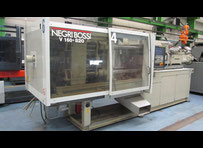 NEGRI BOSSI V820/160 - 160 T Injection moulding machine