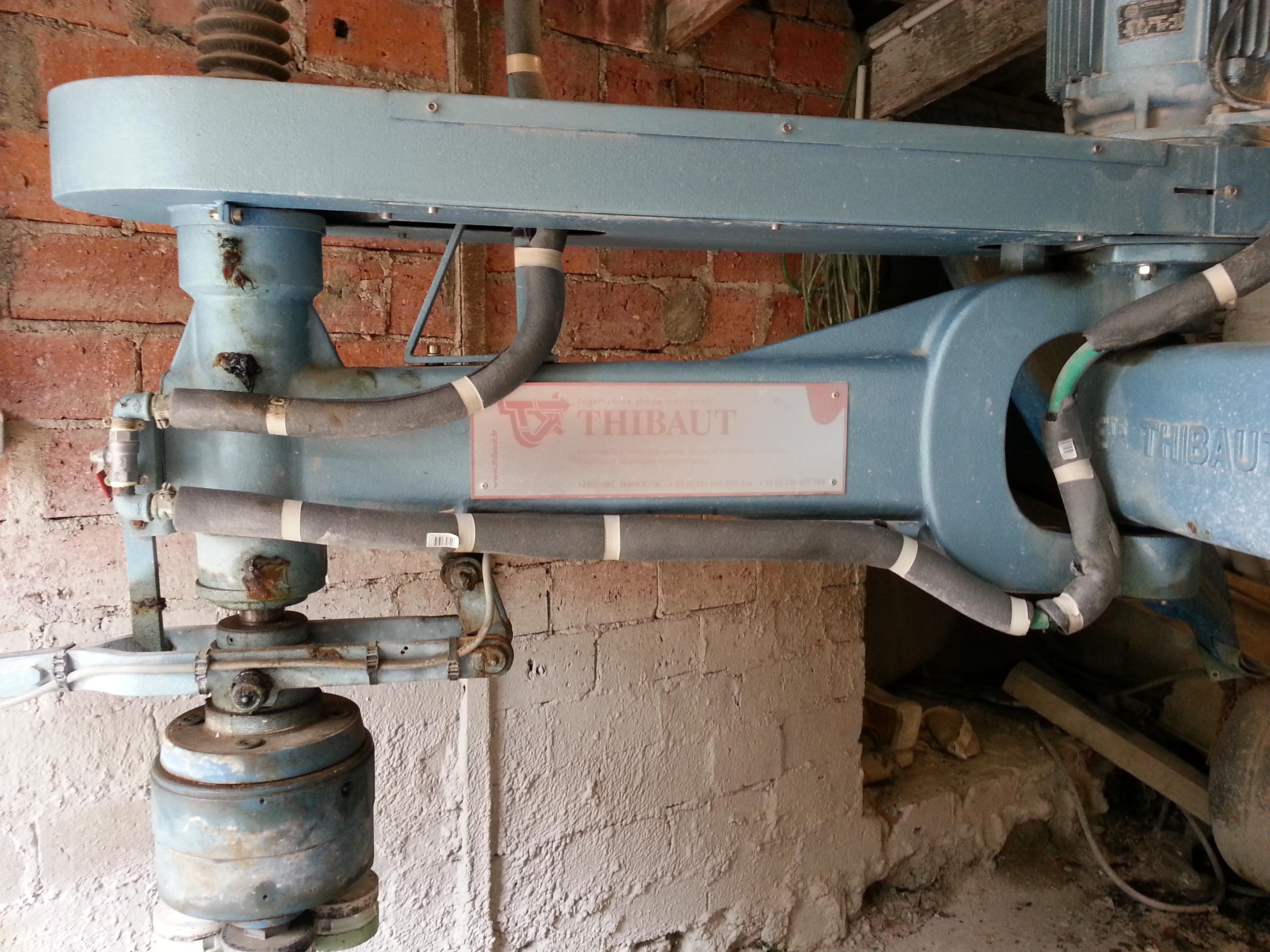 Pollisseuse marbre thibaut machines d 39 occasion exapro for Scie a eau carrelage