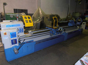 Amutio Cazeneuve HB725 x 4000 heavy duty lathe
