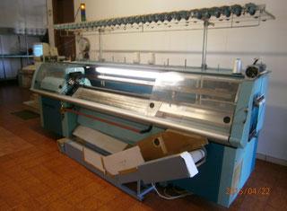 Macchina per lavorare la maglia rettilinea Universal 835. Universal 835  P50514095 ... 5f13e6c373c