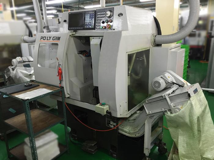 Tornio cnc polygim mini 88y macchinari usati exapro for Mini torni usati