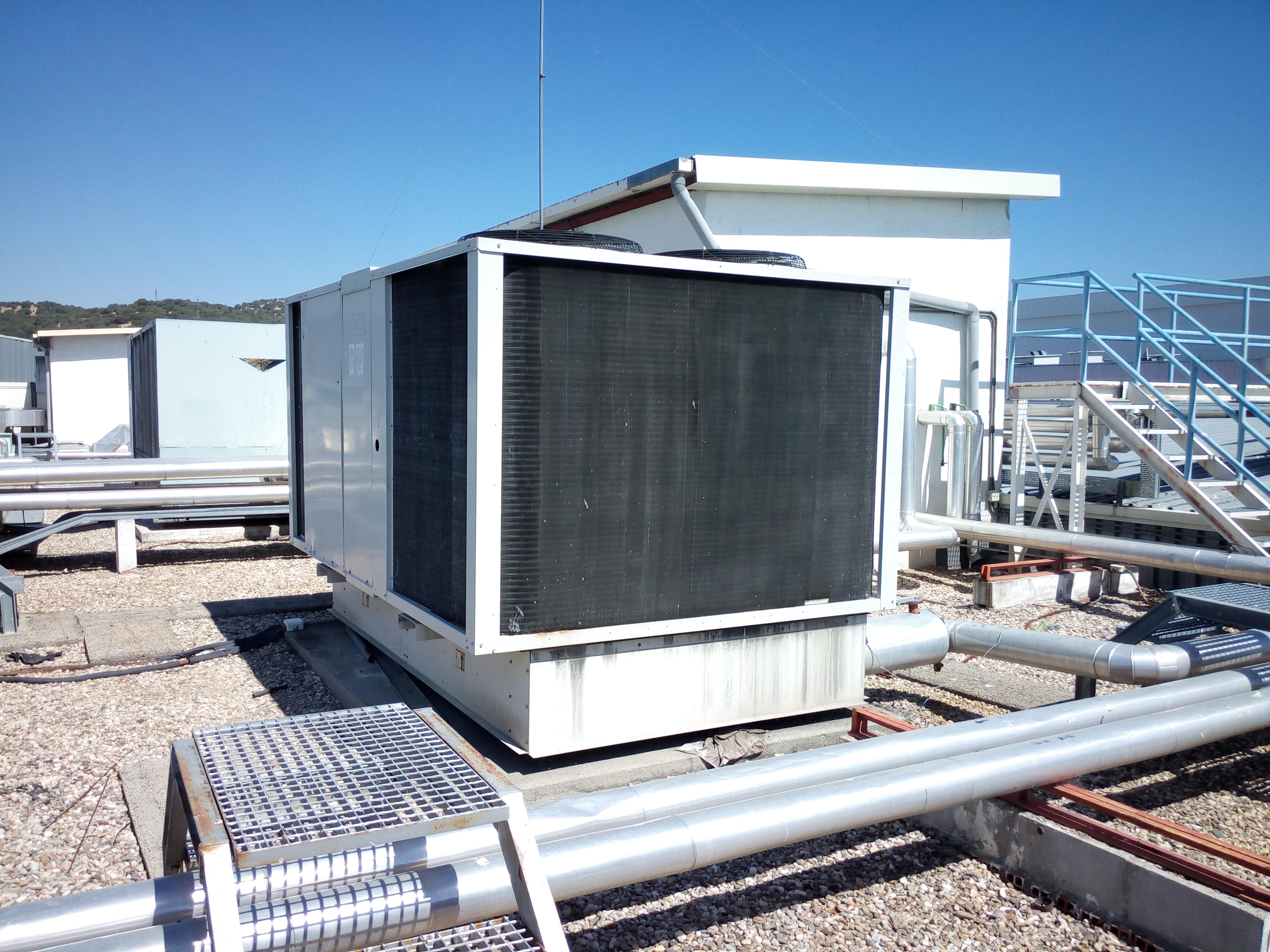 Carrier 30bq070900ee cooling unit exapro - Bomba de calor ...