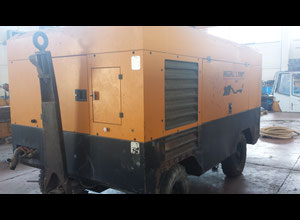 Ingersoll Rand 12-235 Compressor on wheels