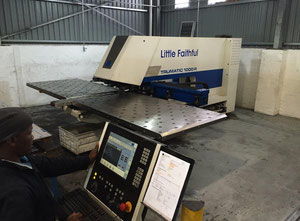 Trumpf TC1000R Punching machine / nibbling machine with CNC