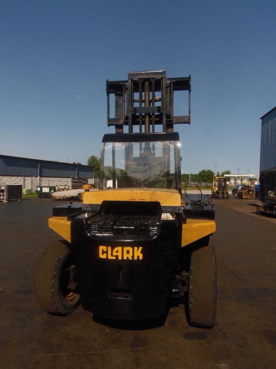 chariot l vateur diesel clark chy250s machines d 39 occasion exapro. Black Bedroom Furniture Sets. Home Design Ideas
