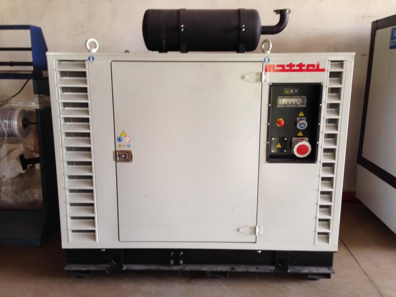 Generatore di corrente usato mattei 60 kwa macchinari for Generatore di corrente diesel usato
