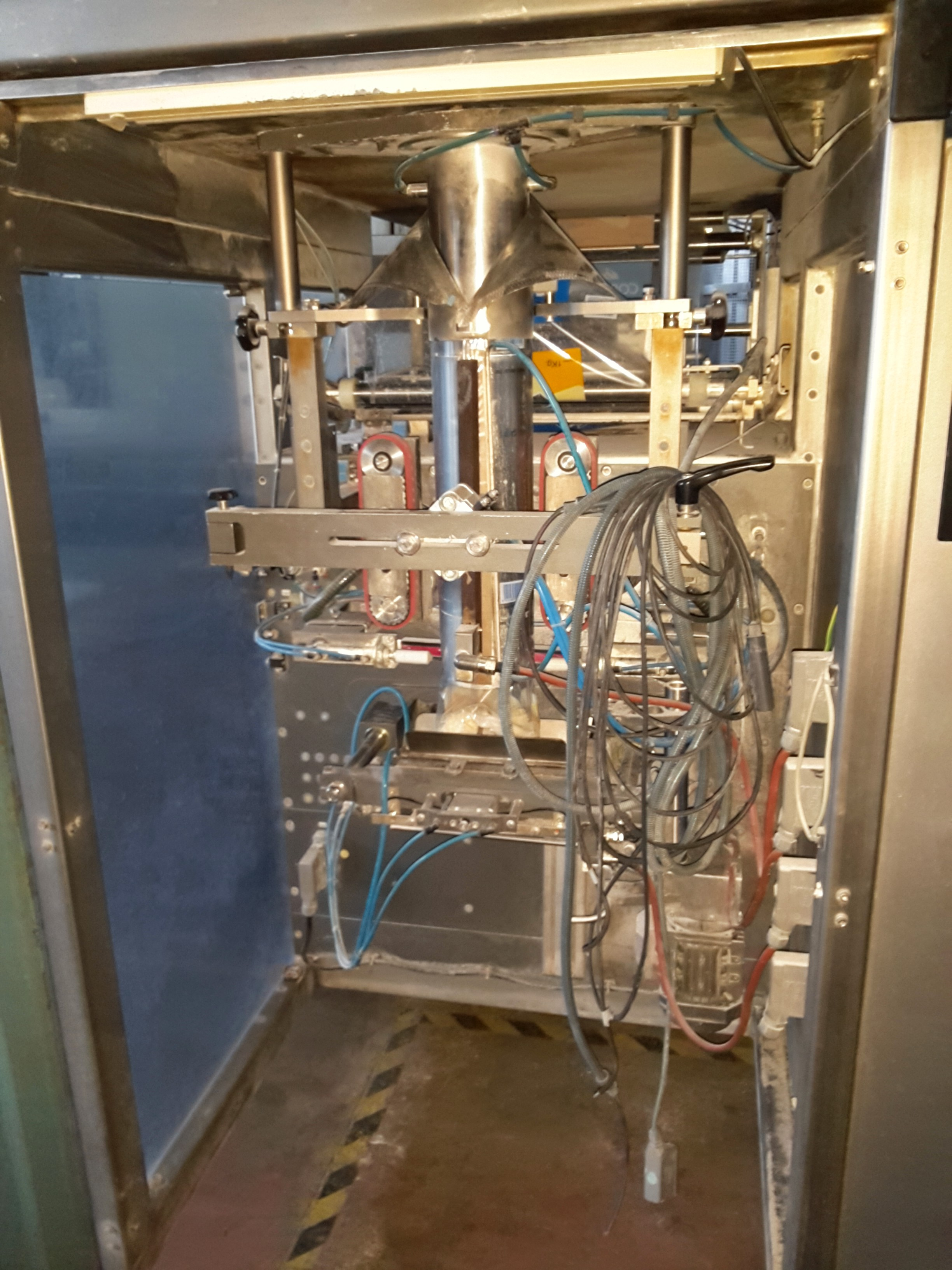 ... Rovema VPI 260 Bagging machine - Vertical - Sachet machine - Exapro