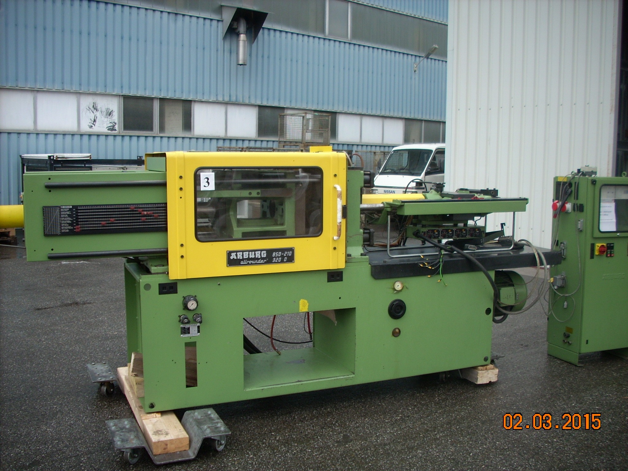 arburg injection molding machine specifications