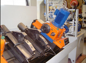 GROB AZM 2000 Facing and centering machine