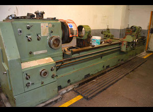 Gurutzpe SUPER A x 4500 heavy duty lathe