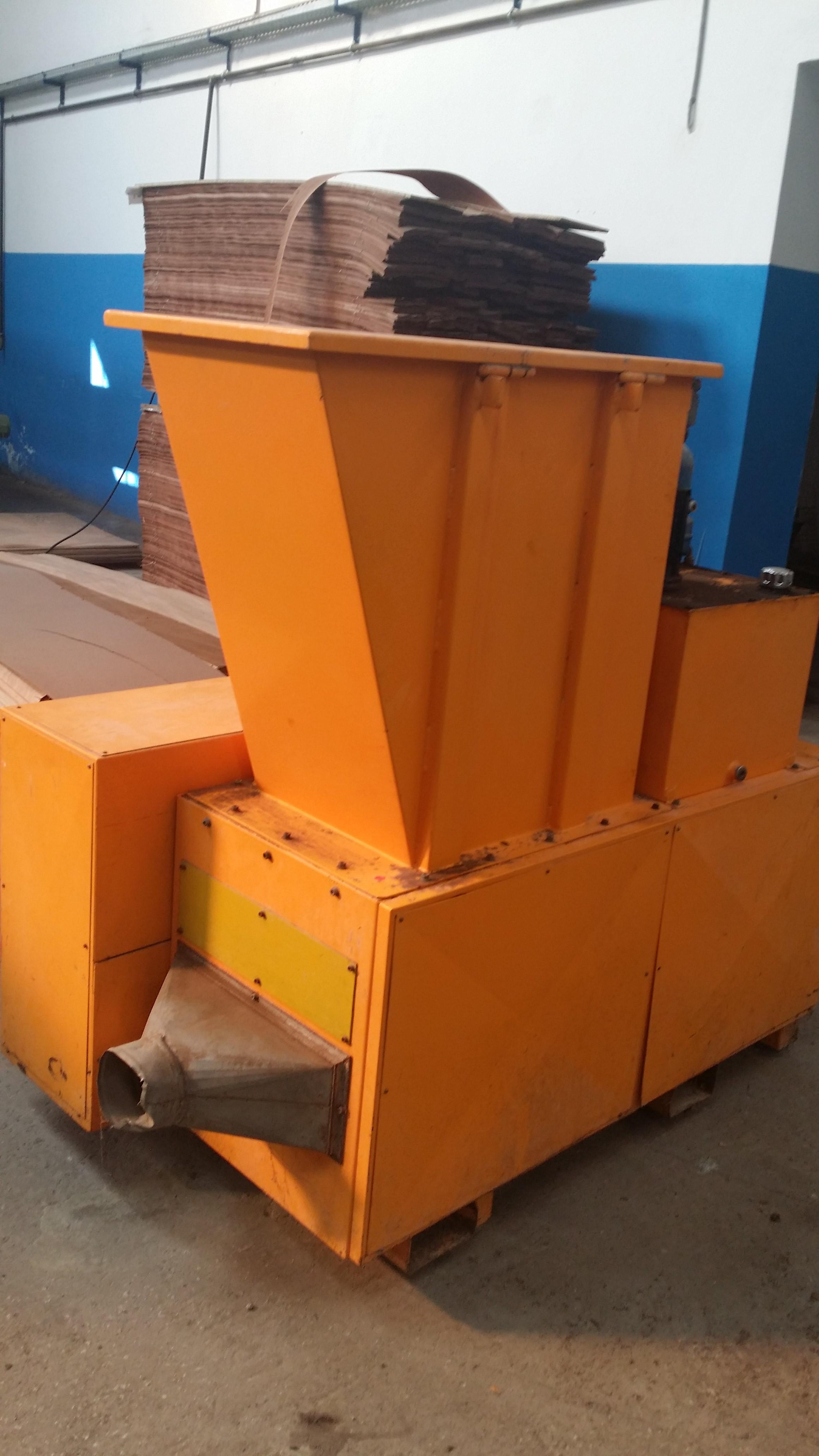 Broyeur à bois Castolo CE 323 Machines doccasion  Exapro