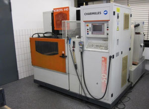 Charmilles Robofil 440 Wire cutting edm machine
