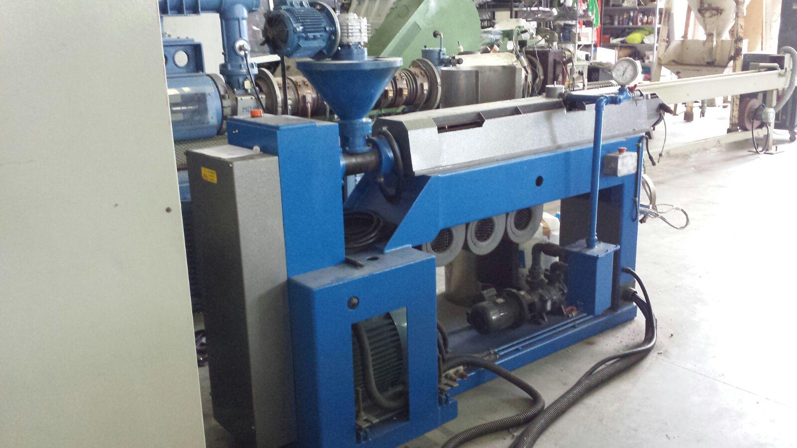 Macchina di riciclaggio di plastica prealpina 60 mm for Macchinari pellet usati