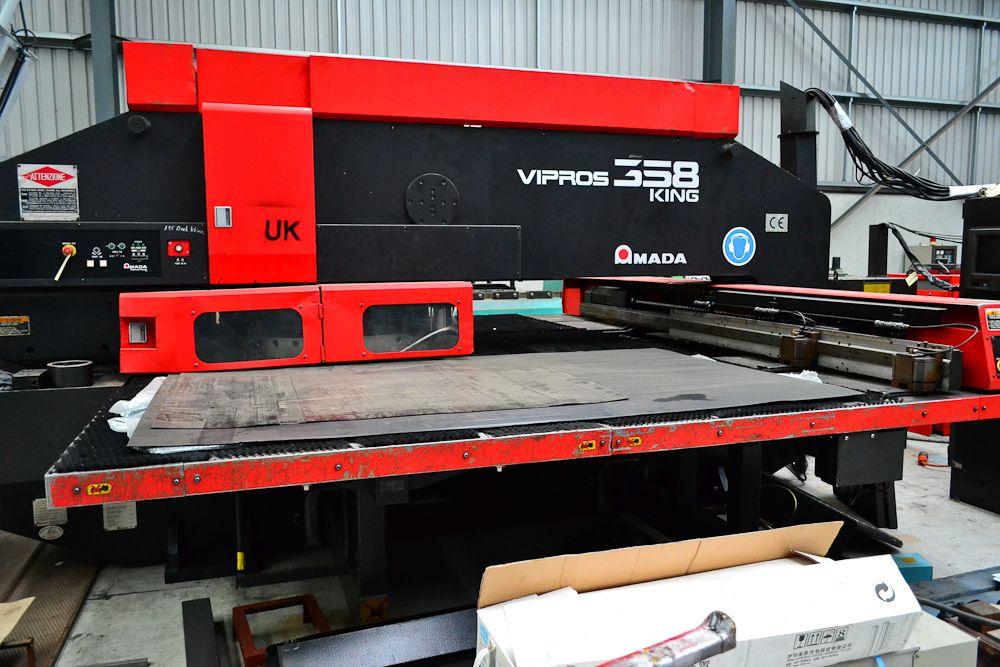 Amada Vipros 358 King Punching Machine Nibbling Machine