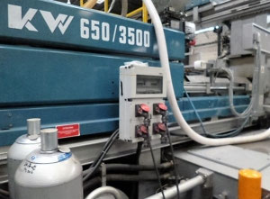 BMB KW 650 3500 Injection moulding machine