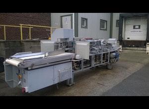 Stahovací a porcovácí stroj Baader 184