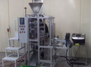 Sachet packing machine for powder and bulk products