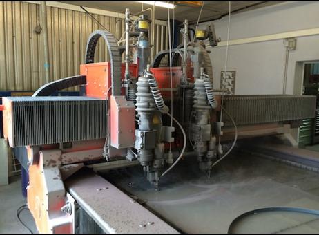 Maquina de corte con agua alta presion bystronic byjet - Maquina de agua a presion ...