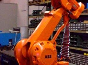 ABB IRB 2400 Промышленный робот