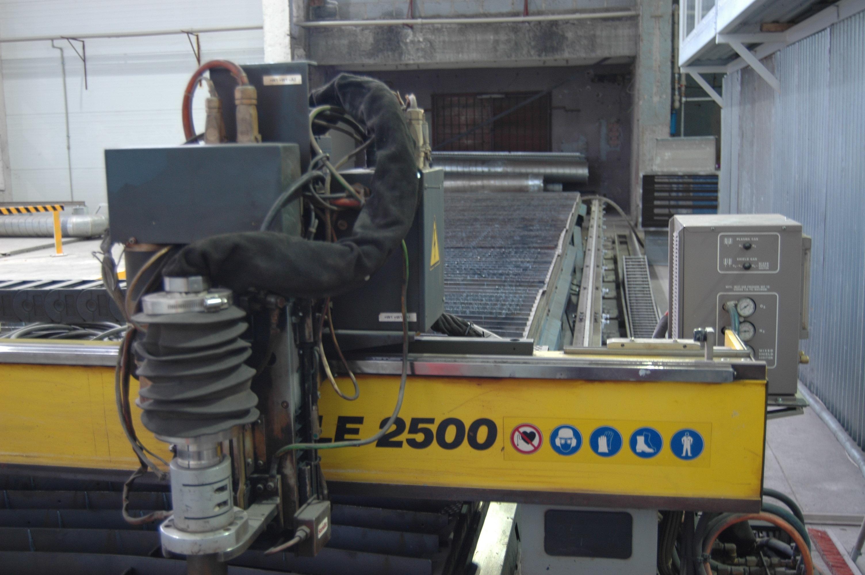 Esab Eagle 2500 Cutting machine - Plasma - Exapro