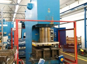 PYE 250 S.1 metal press