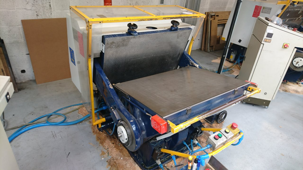 Erba titan 1 60x80 die cutter exapro for Porte vue 60 feuilles