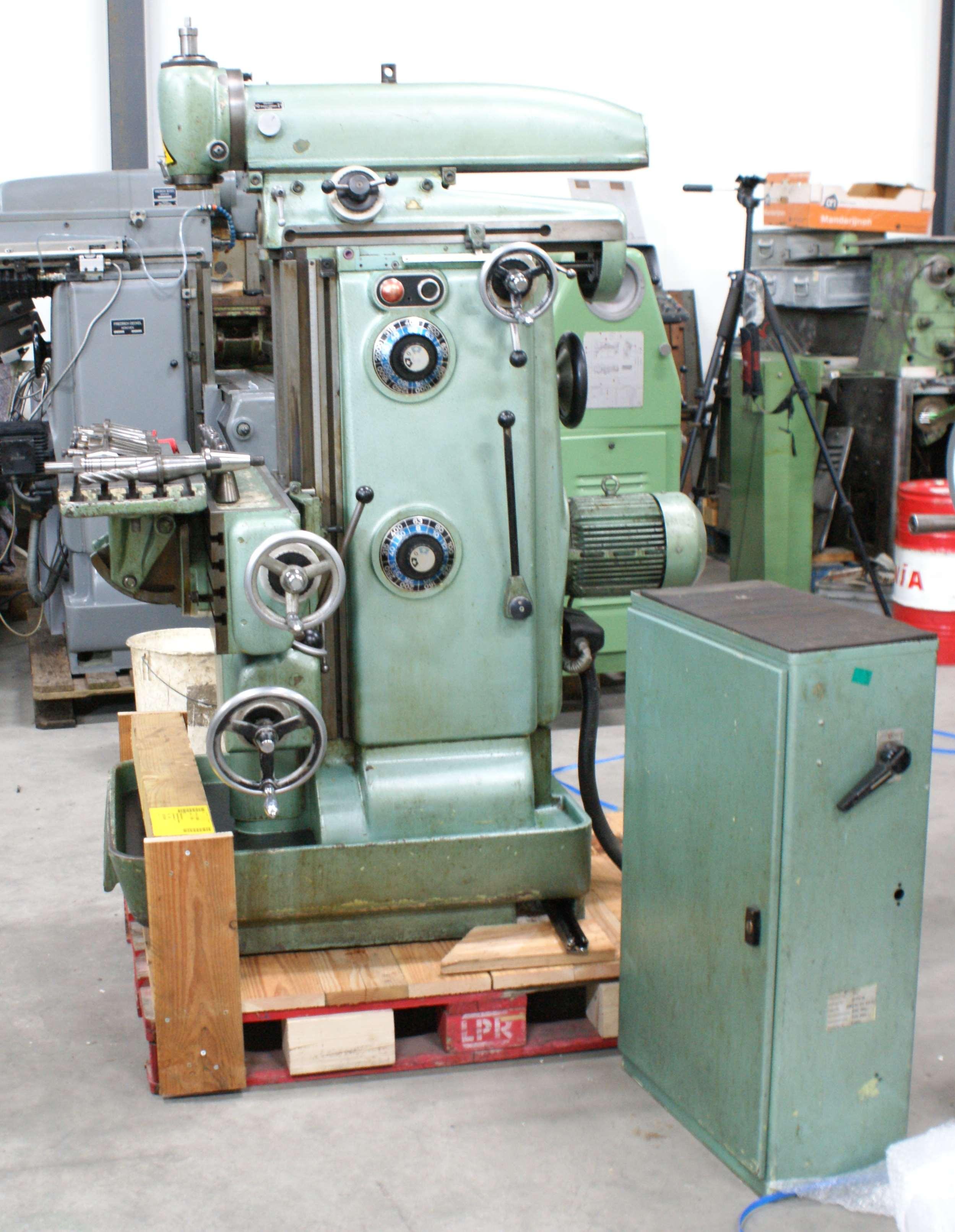 Deckel FP2 Fräsmaschine Universal Gebrauchte Maschinen