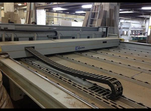 Sierra a tablas HOLZMA OPTIMAT HPP 8243