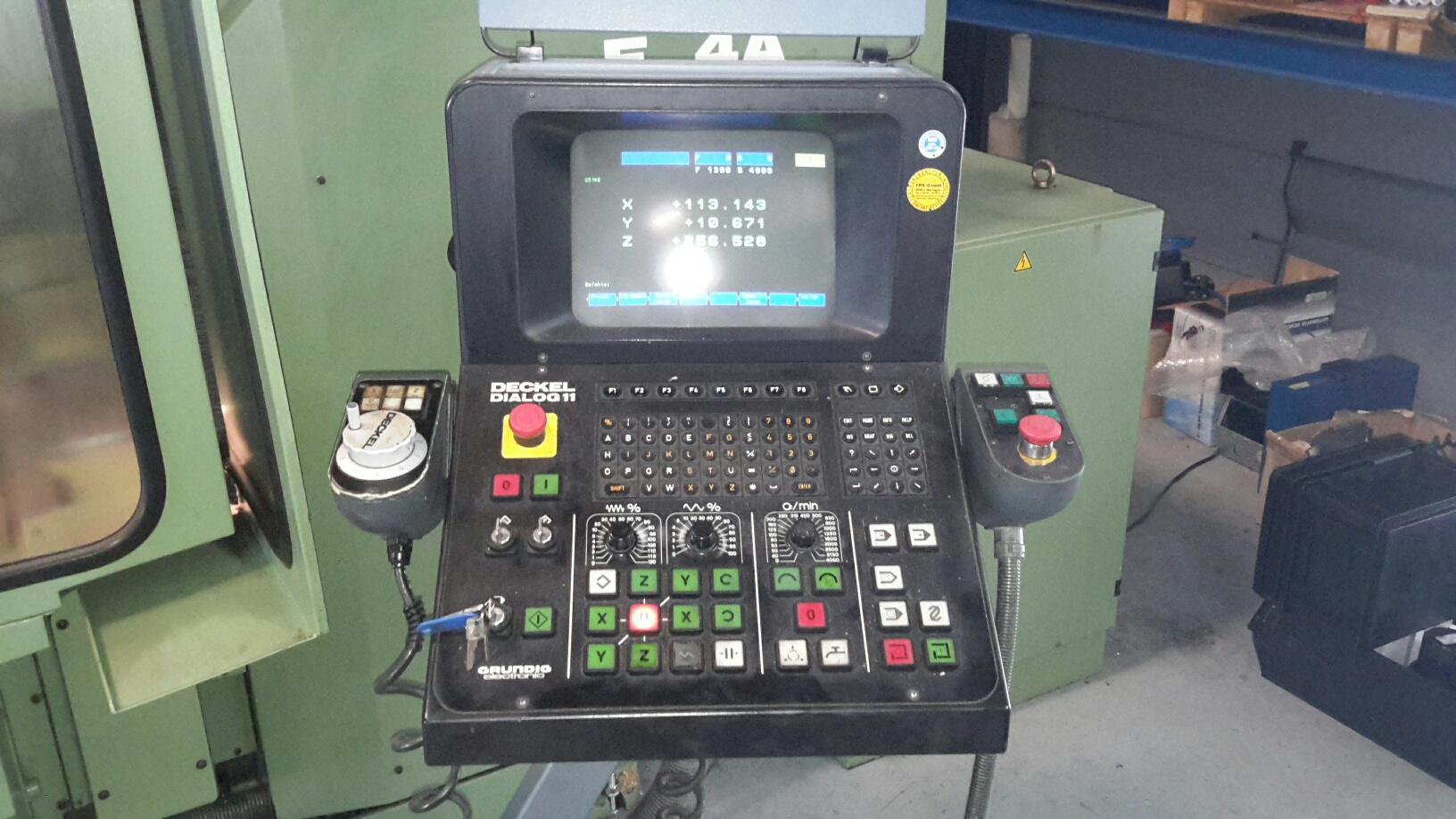 Deckel fp4 a universal milling machine dialog 11 exapro for Deckel dialog 4