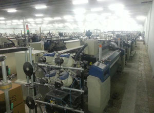 Picanol Omni Plus Air jet loom