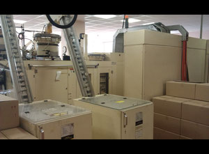 Stroj na plnění tub AISA Switzerland SAESA 1001