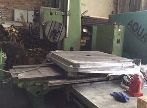 TOS W100A Floor type boring machine